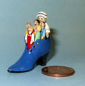 Old Woman who lived in a Shoe - Blue